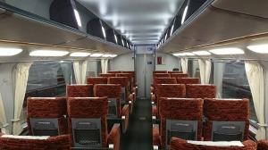 乗客少ない階上席